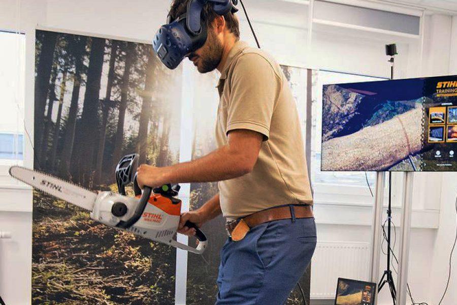 Effizientes Distanzlernen in Forst, Feuerwehr und Rettung durch virtuellen Motorsägen-Simulator